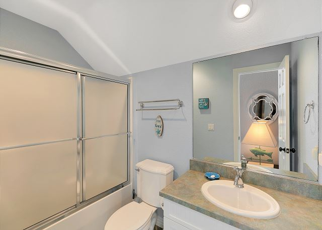 Tower Room Bathroom - Upper Level
