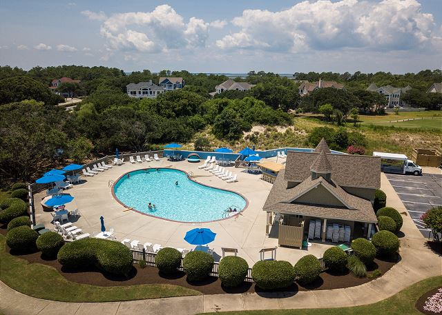 Currituck Club Community Pool