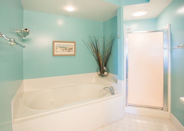 King Master Bathroom of Memories By The Sea, a 3 bedroom, 3.0 bathroom vacation rental in Corolla, NC