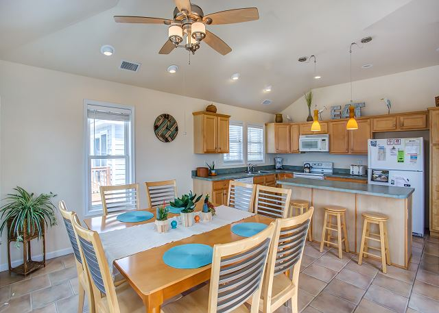 Dining Area Top Level of Just Peachy, a 4 bedroom, 4.5 bathroom vacation rental in Kill Devil Hills, NC