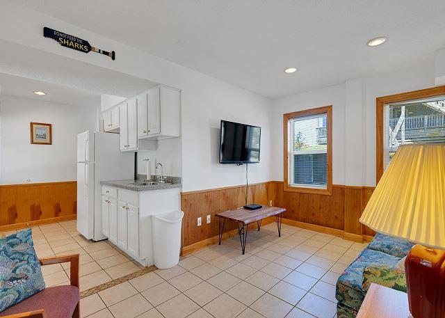 Lounge Kitchenette - Ground Level