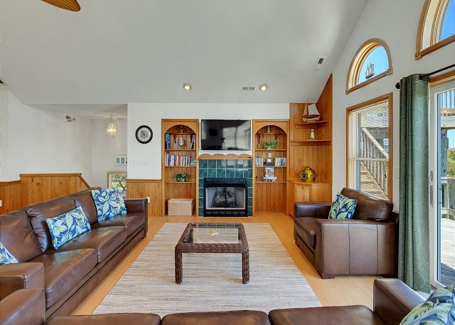 Living Area - Top Level