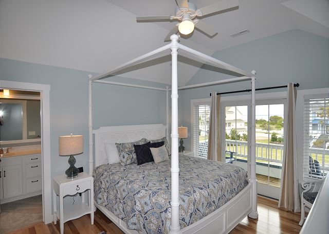 Master Bedroom Top Level of Forever 409, a 6 bedroom, 5.5 bathroom vacation rental in Corolla, NC