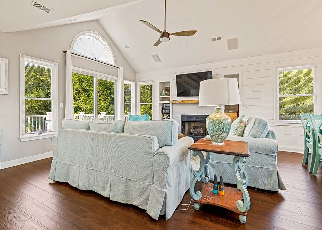 Great Room - Top Level