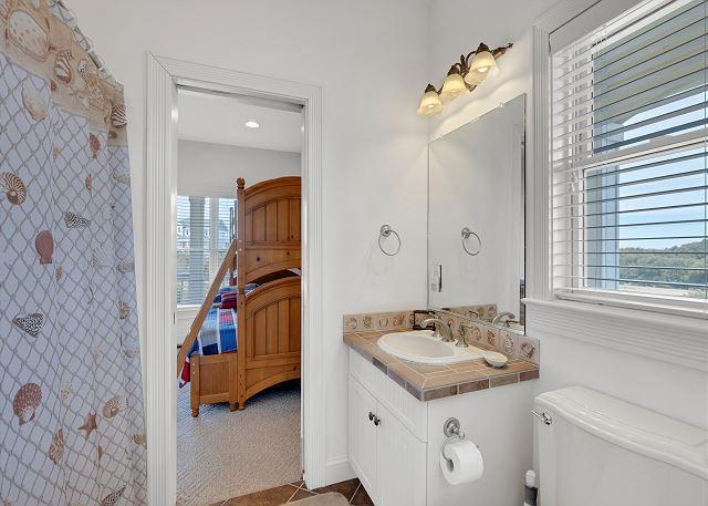 Semi-Private Bath - Mid Level