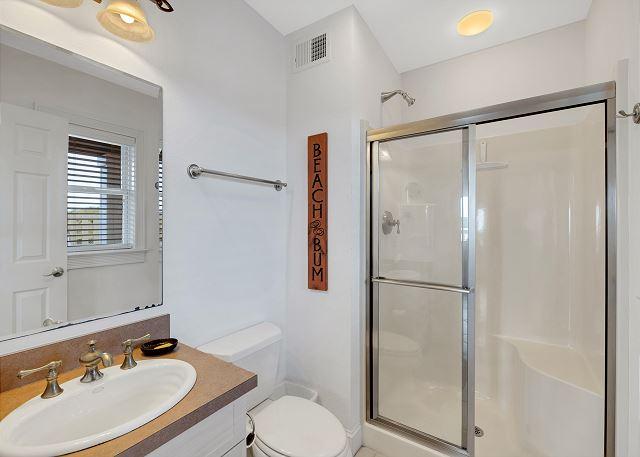 Hall Bathroom - Ground Level
