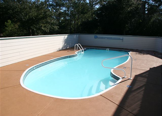 Private Pool-open mid-May to mid-Oct.