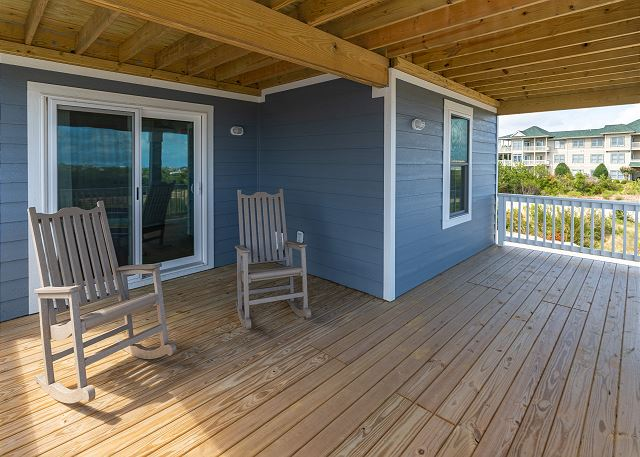 BackCovered Deck - Mid Level