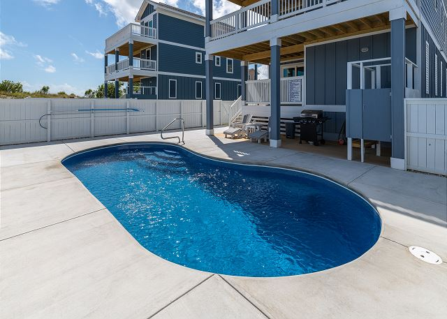 Private Pool - open June to August