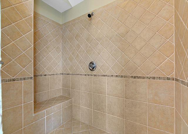 King Master Bath - Top Level