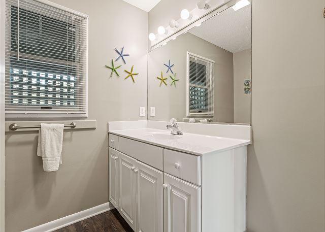 Full Bathroom - Ground Level