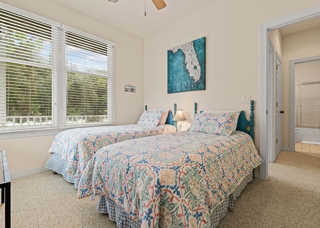 Double Twins Bedroom - Entry Level