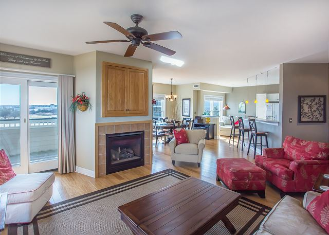 Living Room of Memories By The Sea, a 3 bedroom, 3.0 bathroom vacation rental in Corolla, NC
