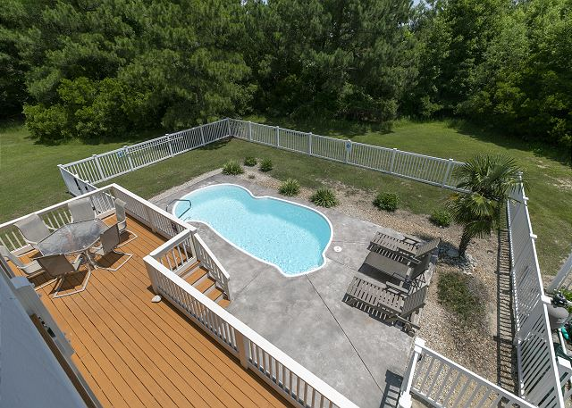 Top Deck of A Tar Heel State of Mind, a 4 bedroom, 3.0 bathroom vacation rental in Corolla, NC