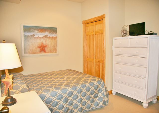 Queen Bedroom  Ground Level  of A Perfect 10, a 6 bedroom, 5.5 bathroom vacation rental in Corolla, NC