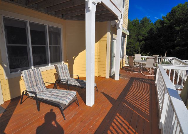 Entry Level Deck of A Tar Heel State of Mind, a 4 bedroom, 3.0 bathroom vacation rental in Corolla, NC