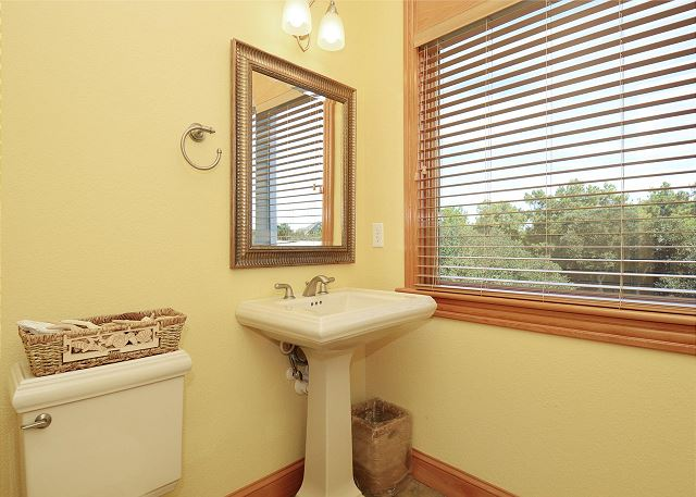 Half Bath Top Level Thanks Dad is a 6 bedroom, 5.5 bathroom vacation rental in Corolla, NC