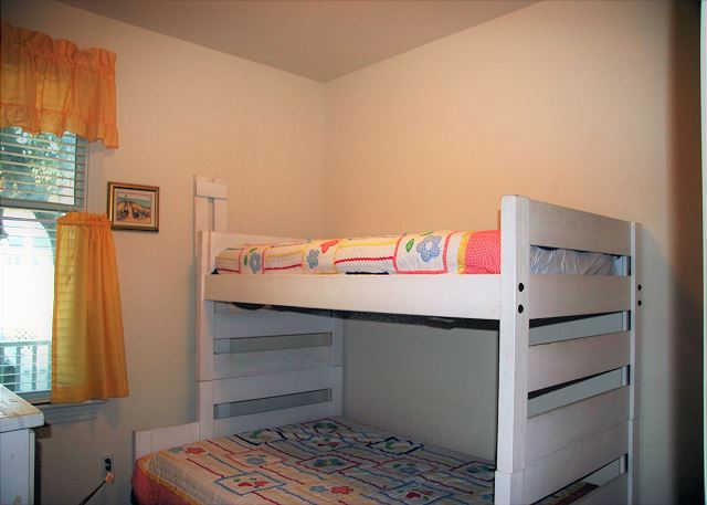 Pyramid Bunk Bedroom Mid Level of Paradise Cay, a 5 bedroom, 3.5 bathroom vacation rental in Corolla, NC