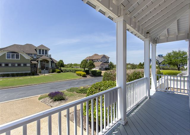 Front Porch of Par-Tee by the Sea, a 4 bedroom, 3.5 bathroom vacation rental in Corolla, NC