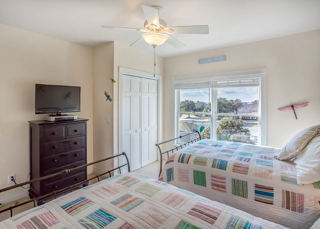 2 Double Beds of Memories By The Sea, a 3 bedroom, 3.0 bathroom vacation rental in Corolla, NC