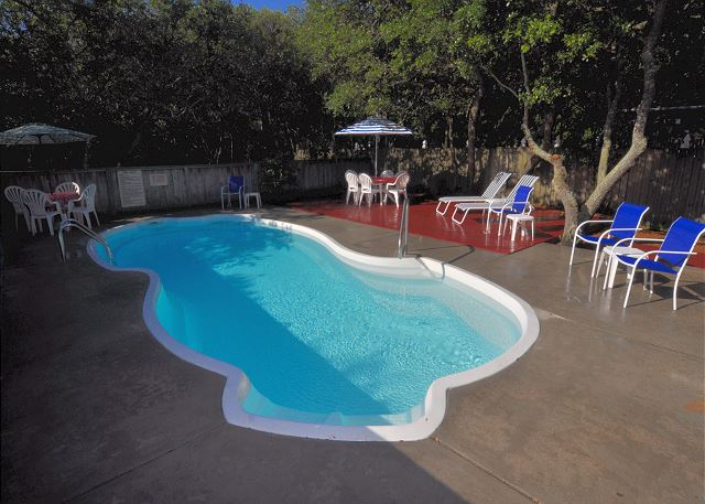 Pool Patio of Manhattan South, a 5 bedroom, 4.0 bathroom vacation rental in Southern Shores, NC
