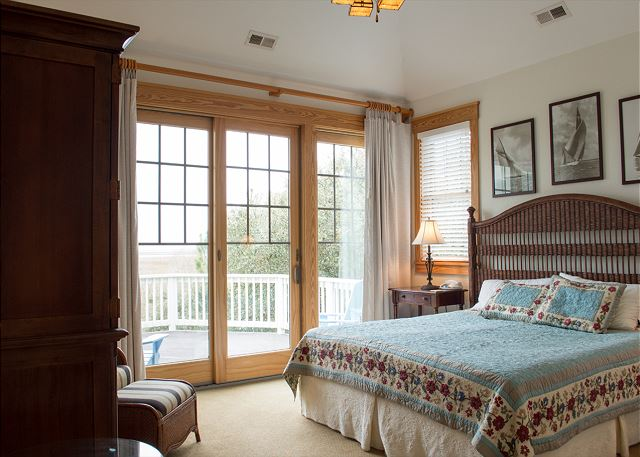 King Master Suite Top Level of The Sound and The Fury, a 6 bedroom, 6.5 bathroom vacation rental in Corolla, NC