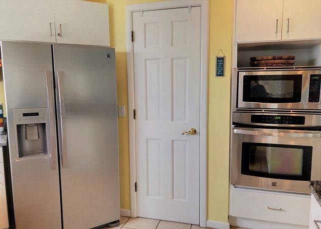 Kitchen Top Level of Sandy Heels, a 4 bedroom, 3.5 bathroom vacation rental in Corolla, NC