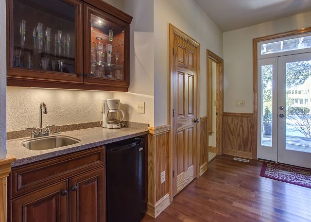 Wet Bar  of Southern Breeze, a 5 bedroom, 4.5 bathroom vacation rental in Corolla, NC