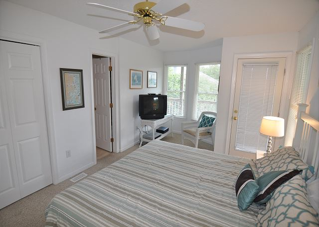 King Master Bedroom Entry Level  of Sunset Strip, a 5 bedroom, 3.0 bathroom vacation rental in Corolla, NC