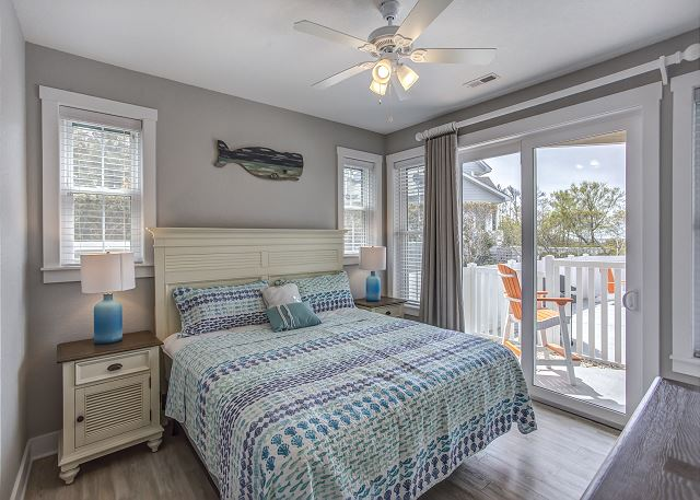 4th King Master Bedroom Ground Level of Summer Love, a 6 bedroom, 6.5 bathroom vacation rental in Corolla, NC