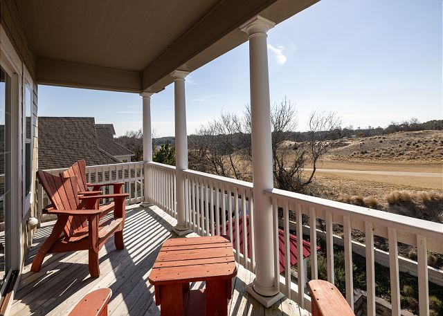 Covered Back Deck - Top Level