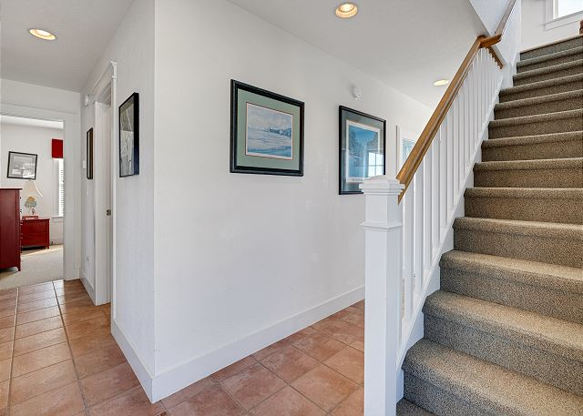 Stairs down to Mid Level