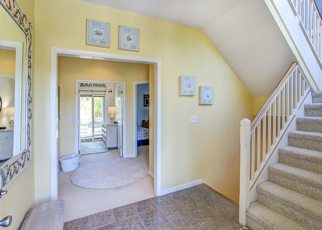 Entryway - Entry Level