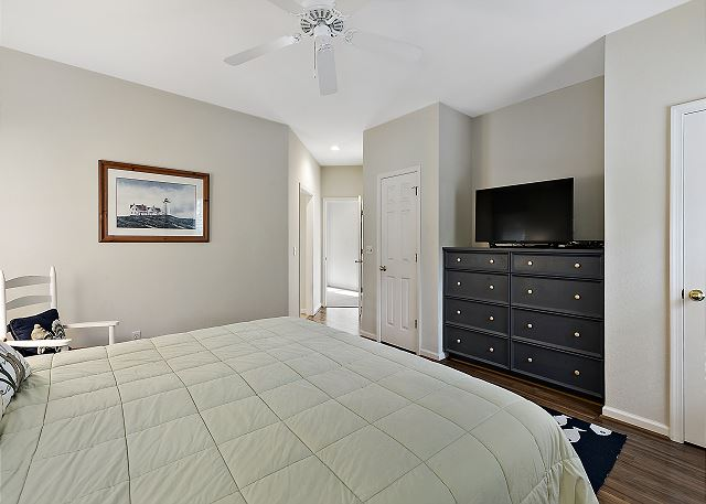 King Master Suite - Entry Level