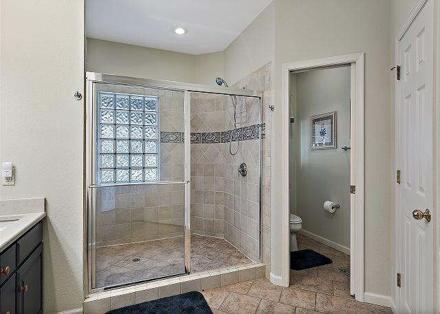King Master Bath - Entry Level