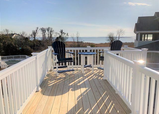 Deck View Top Level of Summer Love, a 6 bedroom, 6.5 bathroom vacation rental in Corolla, NC