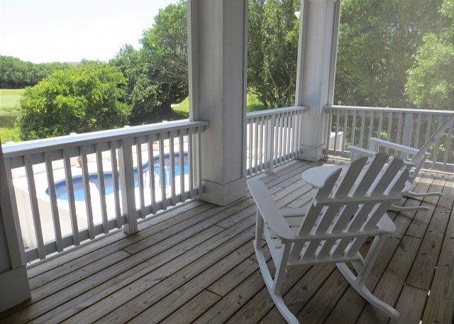 Screened in Porch Mid Level of Southern Breeze, a 5 bedroom, 4.5 bathroom vacation rental in Corolla, NC