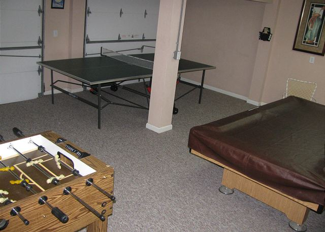 Game Room Ground Level of Heron Haven, a 5 bedroom, 4.5 bathroom vacation rental in Corolla, NC