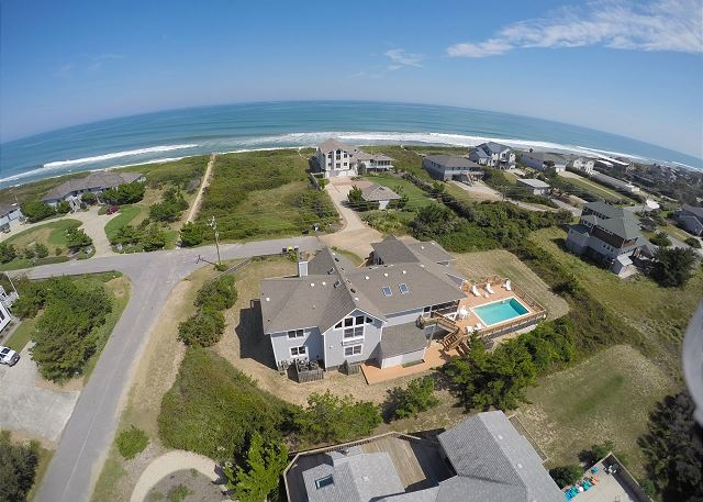 Semi-oceanfront Silver Creek is a 5 bedroom, 4.5 bathroom vacation rental in Southern Shores, NC