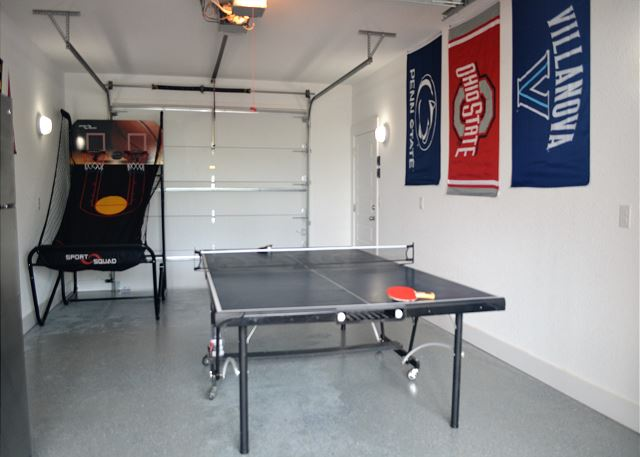 Game Room of Summer Love, a 6 bedroom, 6.5 bathroom vacation rental in Corolla, NC