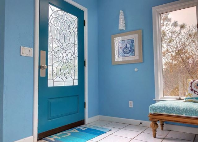 Entry Way of Sandy Heels, a 4 bedroom, 3.5 bathroom vacation rental in Corolla, NC