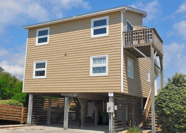 Karas Sandcastle of Kara's Sandcastle, a 4 bedroom, 2.0 bathroom vacation rental in Corolla, NC