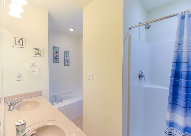 King Master Bathroom Top Level of Sea the Green, a 7 bedroom, 5.5 bathroom vacation rental in Corolla, NC
