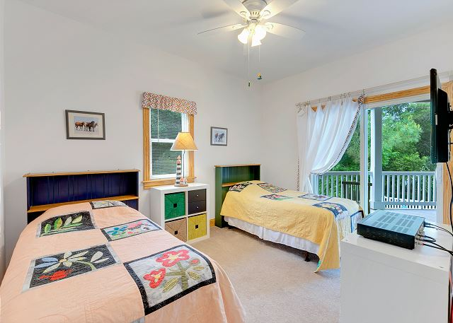 Twin Bedroom - Entry Level