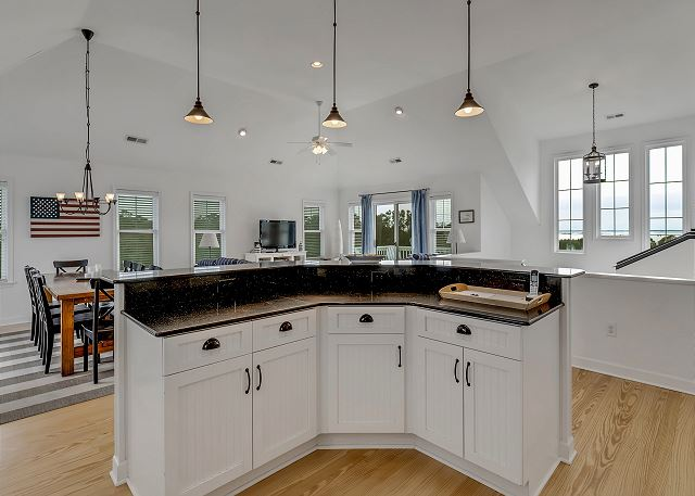 Kitchen Island - Top Level