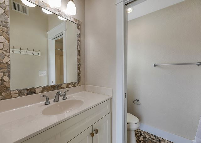 Hall Bath - Ground Level