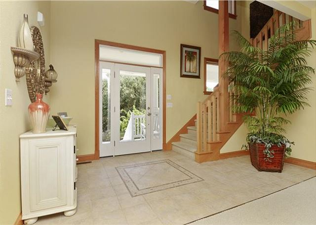 Foyer Entry Mid Level of Thanks Dad, a 6 bedroom, 5.5 bathroom vacation rental in Corolla, NC