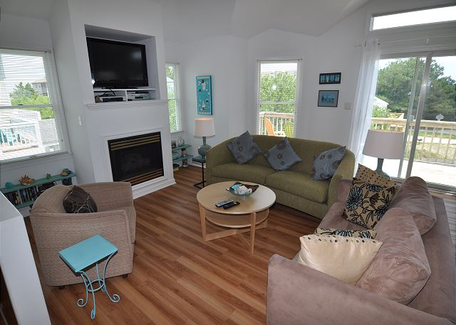 Great Room Top Level of Sunset Strip, a 5 bedroom, 3.0 bathroom vacation rental in Corolla, NC