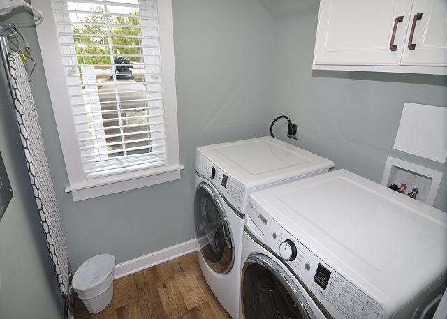 Laundry Room of Forever 409, a 6 bedroom, 5.5 bathroom vacation rental in Corolla, NC
