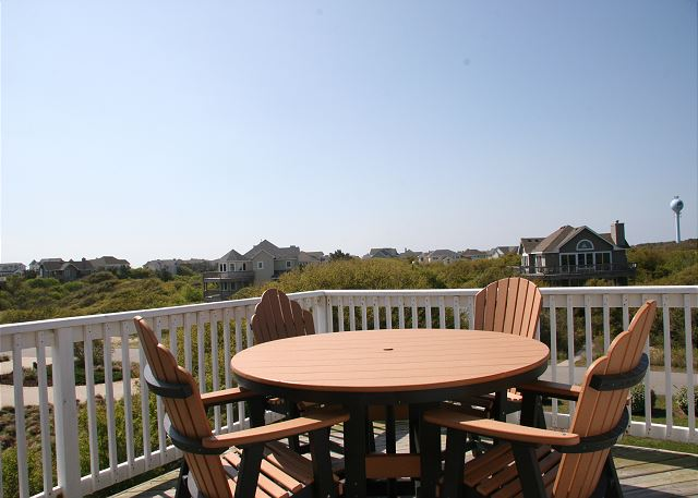Sun Deck - Top Level